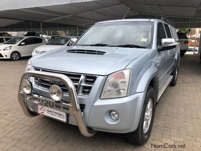 Pre-owned Isuzu KB300D-TEQ LX 4x4 D/C for sale in