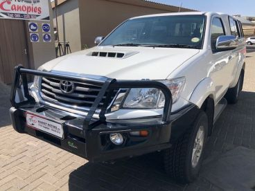 Pre-owned Toyota Hilux 3.0 D4D 4x4 S/cab for sale in