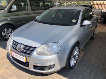 Pre-owned Volkswagen Jetta 2.0 FSI - import for sale in