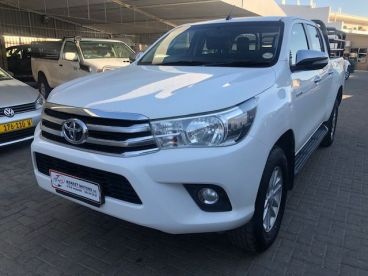 Pre-owned Toyota Hilux 2.8 GD-6 4x4 A/T D/Cab for sale in