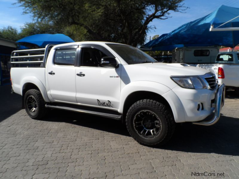 Pre-owned Toyota Hilux 3.0 D4D Dakar 4x4 D/cab Auto for sale in