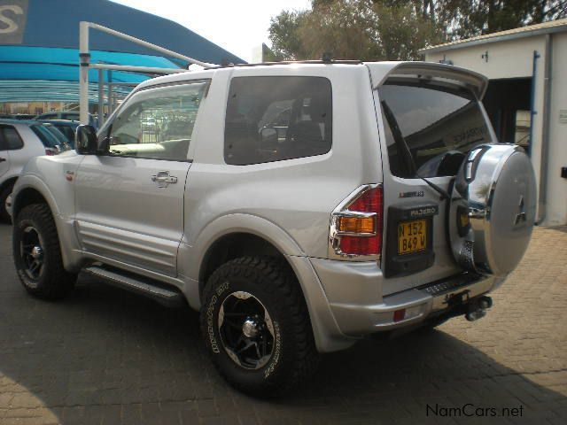 1999 mitsubishi pajero 3 5 gdi swb 4x4 auto petrol car photos automatic transmissions 141000. Black Bedroom Furniture Sets. Home Design Ideas