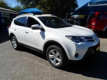 Pre-owned Toyota Rav4 2.0i GX Automatic for sale in