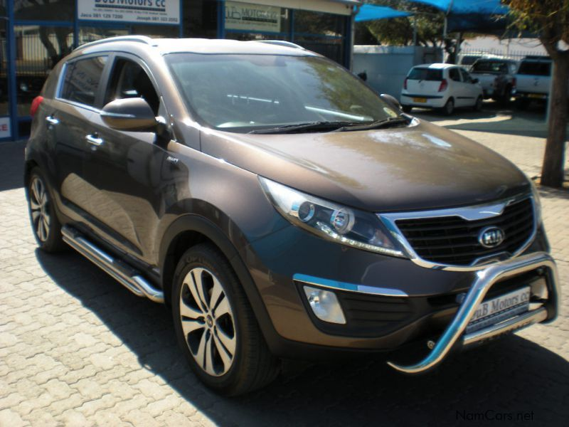 Pre-owned Kia Sportage 2.0i AWD for sale in Windhoek
