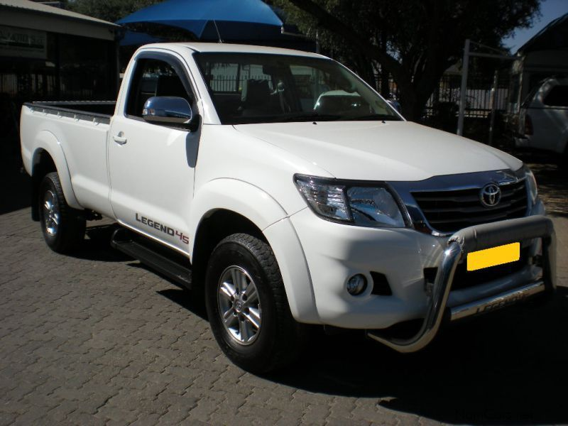 Pre-owned Toyota Hilux 2.7 VVTi S/Cab R/B 4x2 Legend 45 for sale in