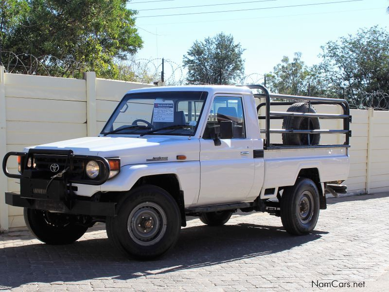 Pre-owned Toyota Land Cruiser 4.2 for sale in