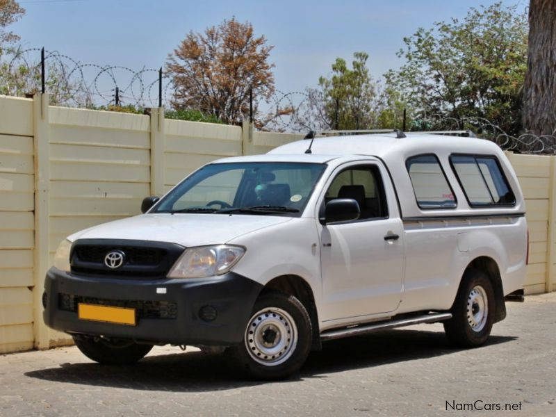 Pre-owned Toyota Hilux 2.5 D4D for sale in