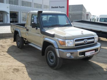 Pre-owned Toyota Land Cruiser 4.2D S/Cab for sale in