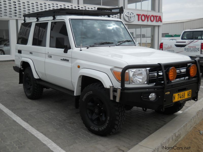 Pre-owned Toyota Land Cruiser 4.2D 70 SW for sale in