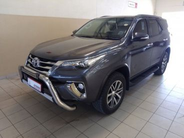 Pre-owned Toyota FORTUNER 2.8 gD-6 4X4 6AT for sale in