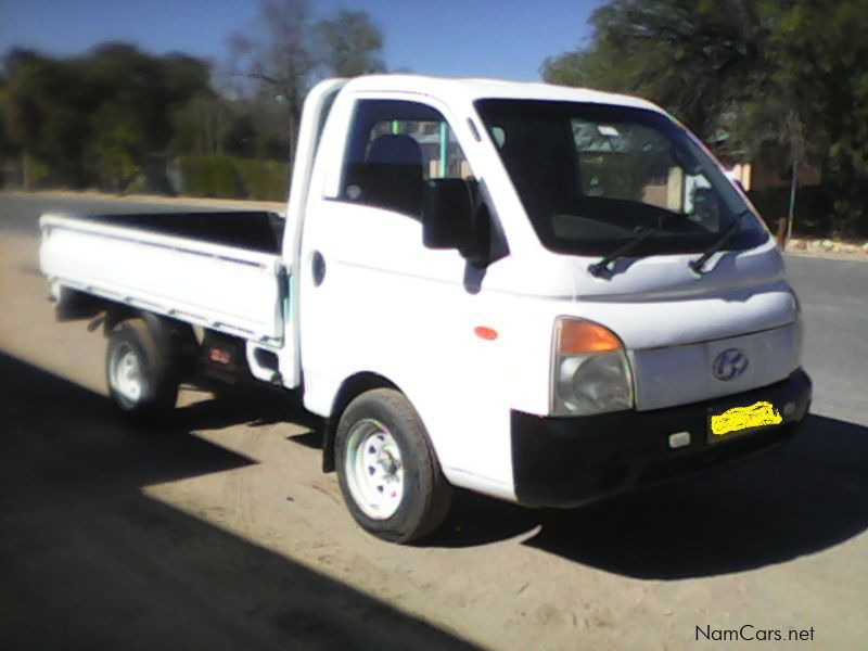 Pre-owned Hyundai H100 DROPSIDE for sale in Okahandja