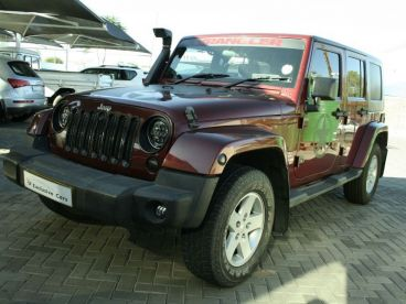 Pre-owned Jeep Wrangler Sahara 2.8 CRD 4 door a/t for sale in
