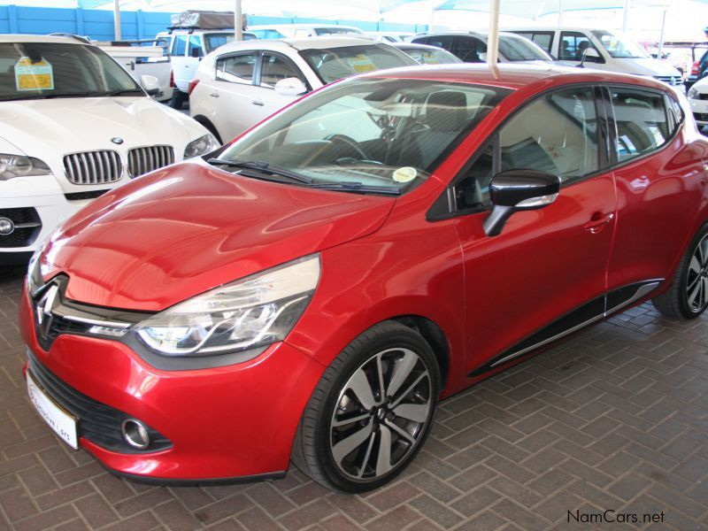 Pre-owned Renault Clio IV 900 T Dynamique 5 door for sale in Windhoek
