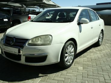 Pre-owned Volkswagen Jetta 2.0 trendline manual (local) for sale in