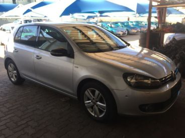 Pre-owned Volkswagen Golf for sale in