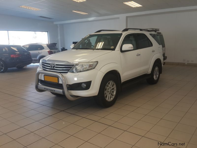 Pre-owned Toyota Fortuner 4.0 A/T 4x4 for sale in
