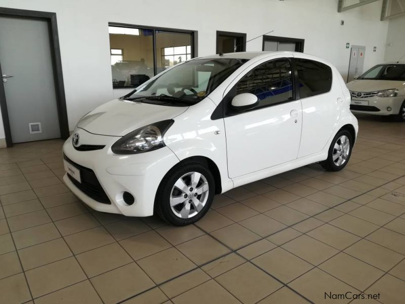 Pre-owned Toyota Toyota Aygo 1.0 for sale in