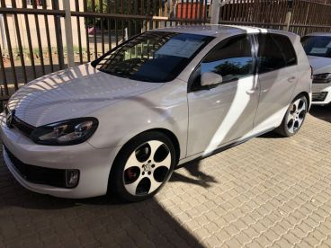 Pre-owned Volkswagen GOLF 2.0 GTI for sale in