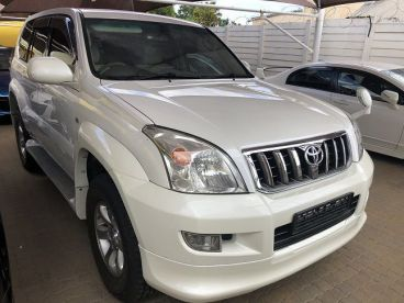 Pre-owned Toyota 3400  land Cruiser Prado for sale in