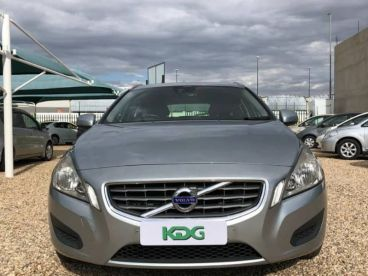 Pre-owned Volvo V60 T4 Station Wagon for sale in