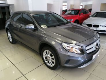Pre-owned Mercedes-Benz GLA 200d A/T for sale in