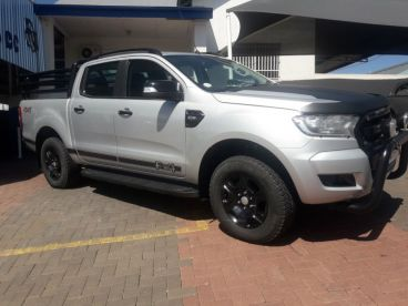 Pre-owned Ford Ranger 3.2 D/C 4x4 A/T XLT FX4 for sale in