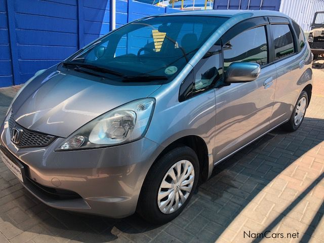 Pre-owned Honda Fit 1.3 A/T for sale in
