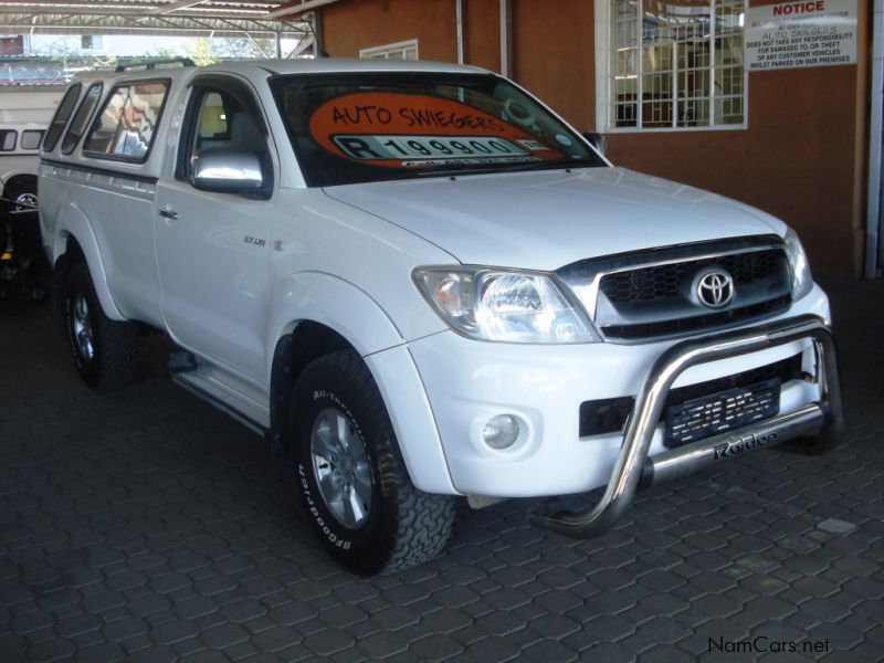 Pre-owned Toyota Hilux 2.7 VVTi S/C R/B Raider for sale in