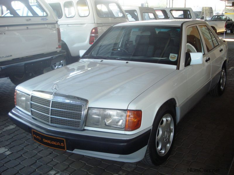 Pre-owned Mercedes-Benz 190E for sale in
