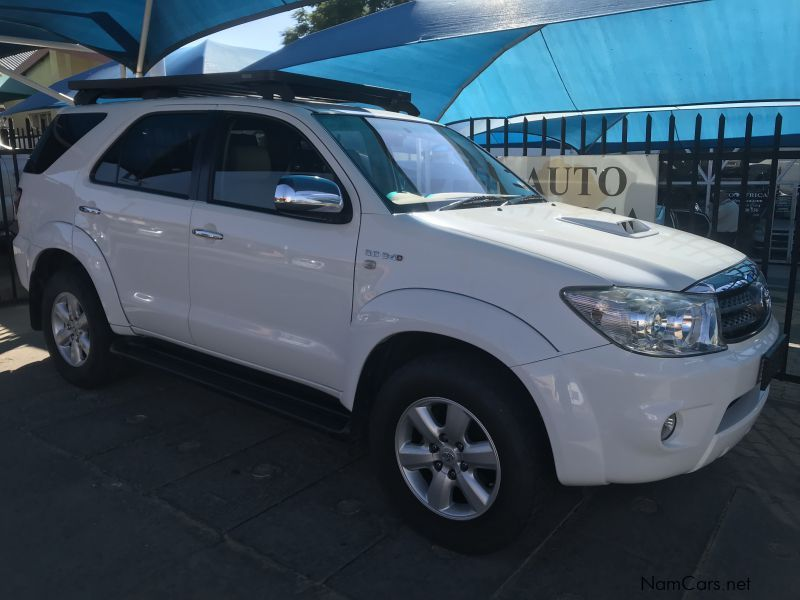 Pre-owned Toyota fortuner 3.0  D4D  4x4  Automatic for sale in