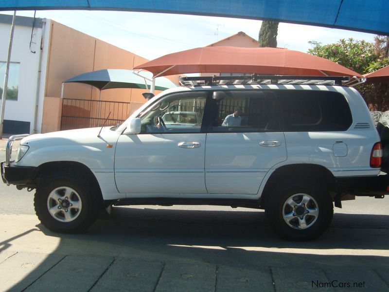Pre-owned Toyota Land Cruiser 4.7 V8 Petrol SW for sale in Windhoek