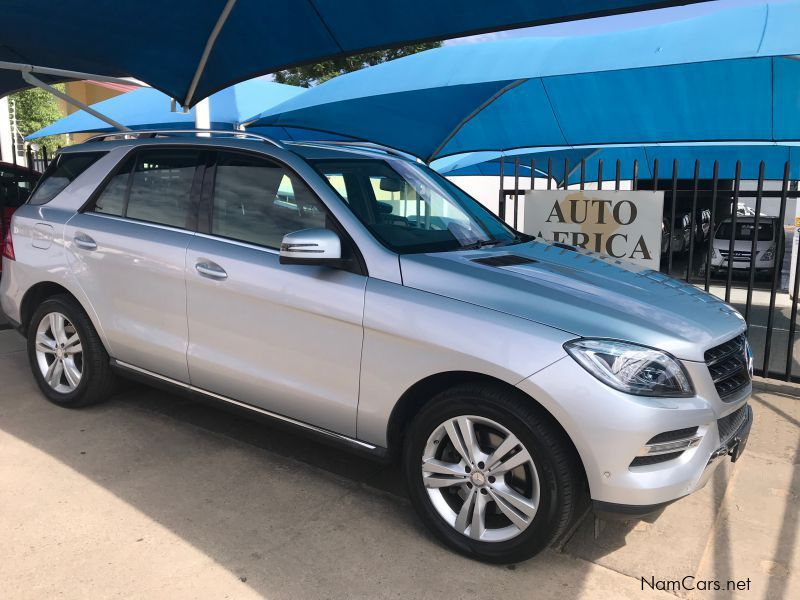 Pre-owned Mercedes-Benz ML350 for sale in