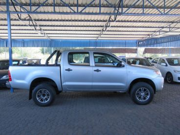 Pre-owned Toyota HILUX 2.5 D4D D CAB 4X4 for sale in
