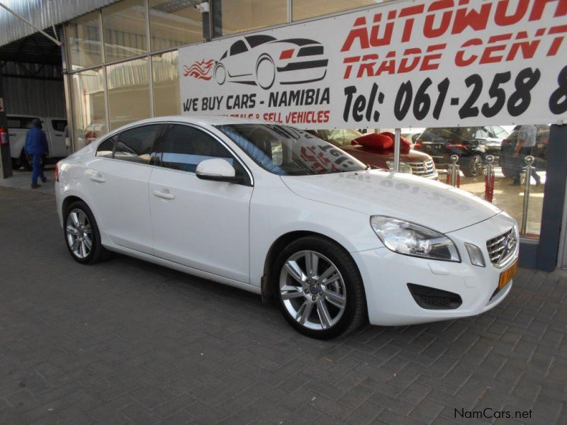 Pre-owned Volvo S60 T4 Elite for sale in