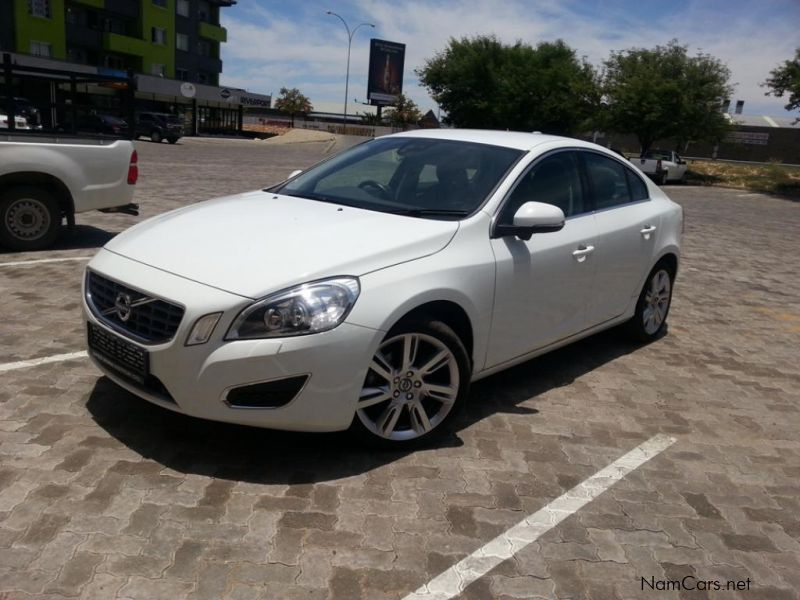Pre-owned Volvo S60 T5 Elite Powershift for sale in