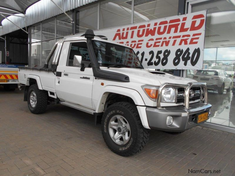 Pre-owned Toyota Toyota Landcruiser 79 4.5d  LX V8 P/u S/c for sale in Windhoek