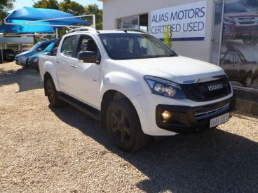 Pre-owned Isuzu KB 300 D-TEQ 4x4 D/CAB LX MIDNITE Edition for sale in