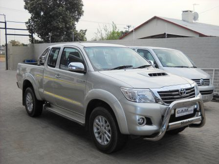 Pre-owned Toyota Hilux 3.0L  4x4 X Cab for sale in