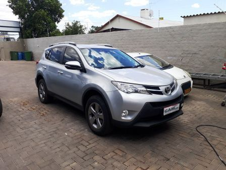 Pre-owned Toyota Rav 4 2.0 4x2 for sale in