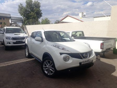 Pre-owned Nissan Juke 1.6 Acenta + for sale in