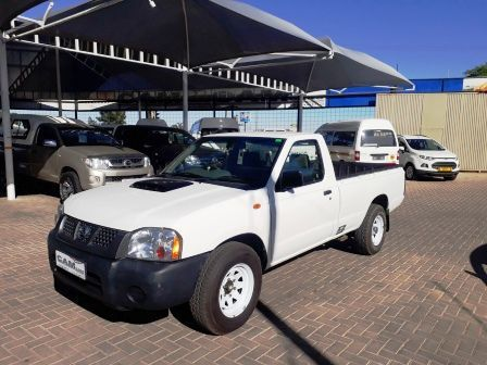 Pre-owned Nissan Hardbody NP 300 2.5  S/C for sale in