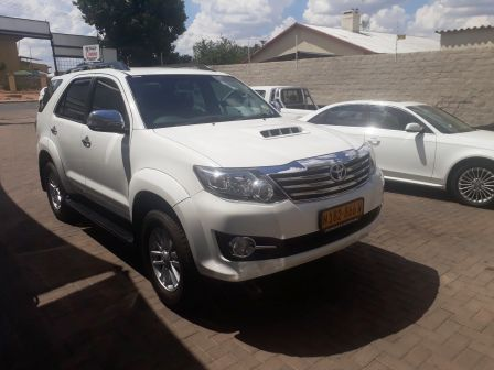 Pre-owned Toyota Fortuner 3.0 d4d 4x4 A/T for sale in