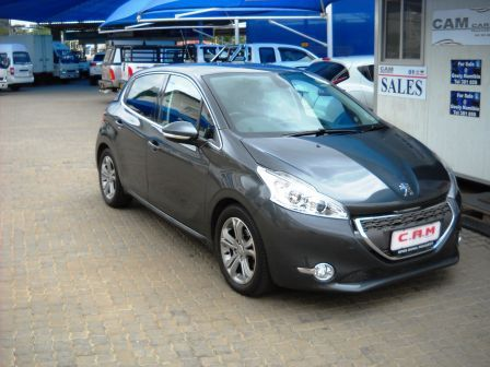 Pre-owned Peugeot 308 1.6 Premium H/B for sale in Windhoek