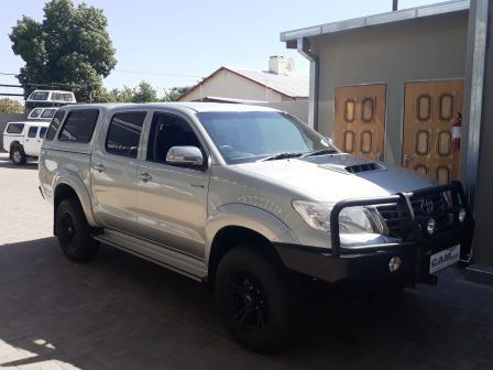 Pre-owned Toyota Hilux 3.0L D/C 4x4 D4D 4x2 A/T for sale in