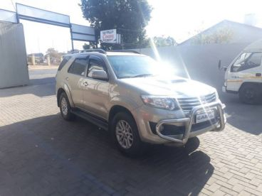 Pre-owned Toyota Fortuner 3.0l 4x4 Man Diesel for sale in