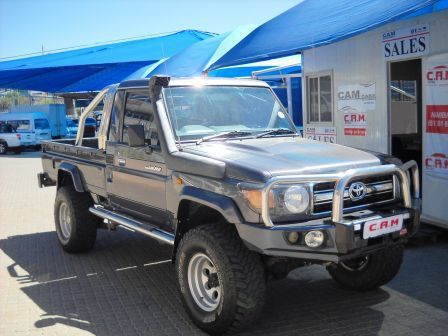 Pre-owned Toyota Land Cruiser V6 4L 60th Series for sale in Windhoek
