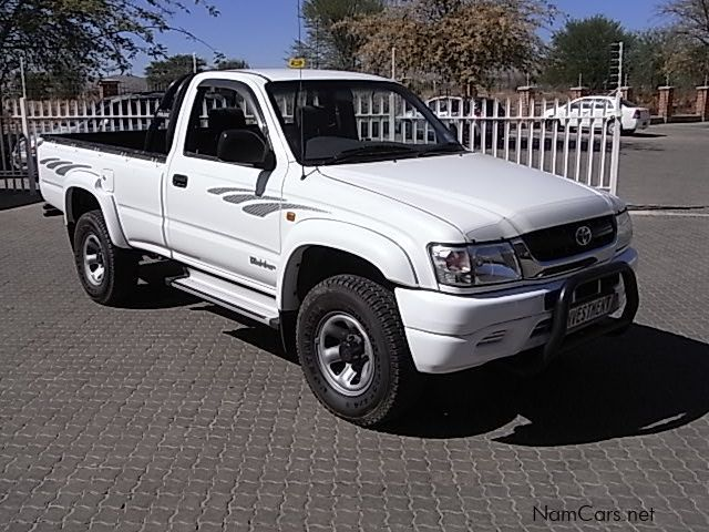Pre-owned Toyota Hilux 2.7i 2x4 S/cab for sale in