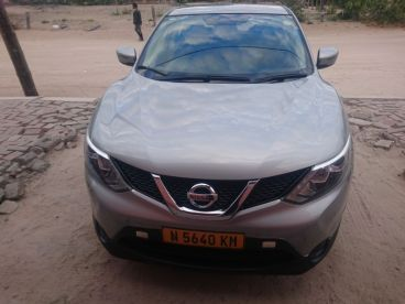 Pre-owned Nissan Qashqai 1.2T VERSIA for sale in