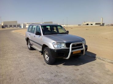 Pre-owned Toyota Land Cruiser 105 GX 4.5 EFI for sale in