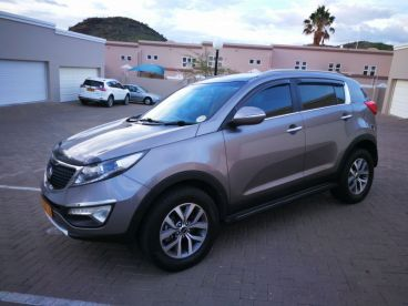 Pre-owned Kia Sportage 2.0 crdi front wheel drive 6 speed. for sale in